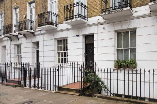 Chelsea garden flat to let